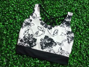 top deportivo floral